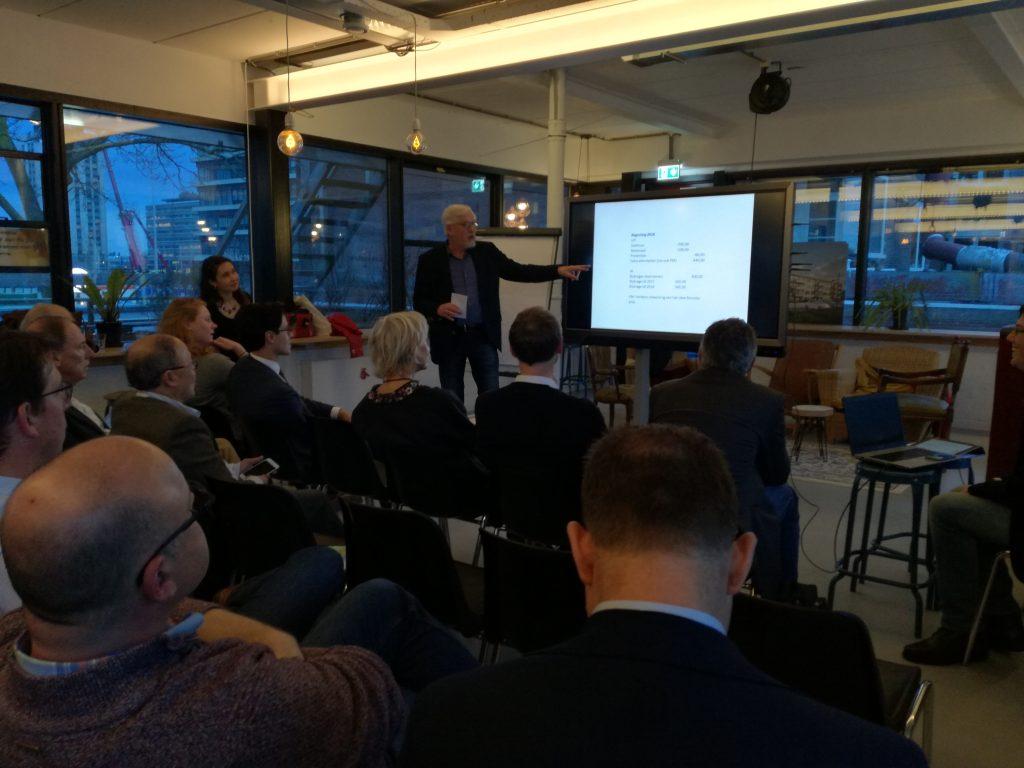 Luit Buurma licht de financiën van D66 Duurzaam toe
